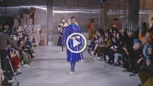 Marni Show - Women's Collection Autumn/Winter 2018/19 in Milan