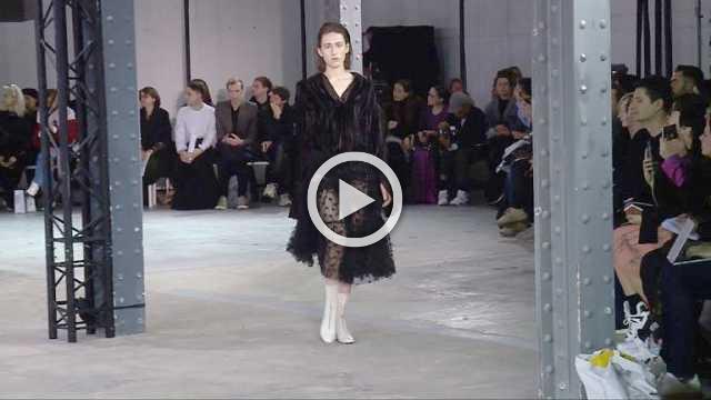 ANAIS JOURDEN Show- Women's Collection Autumn/Winter 2018/19 in Paris