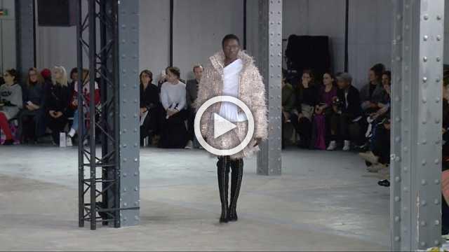 ANAIS JOURDEN Show - Women's Collection Autumn/Winter 2018/19 in Paris (with interview)