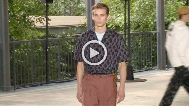 Issey Miyake: Men's show Spring/Summer 2019 (with interview)