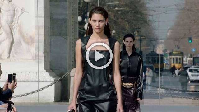 Bottega Veneta - Men's & Women's Autumn/Winter 2019/20 Show in Milan