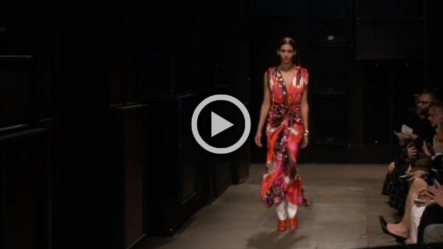 Marni - Women's Autumn/Winter 2019/20 Show in Milan (with interviews)