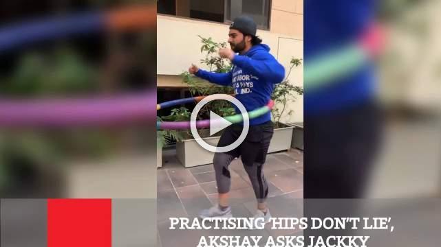 Practising 'Hips Don't Lie', Akshay Asks Jackky