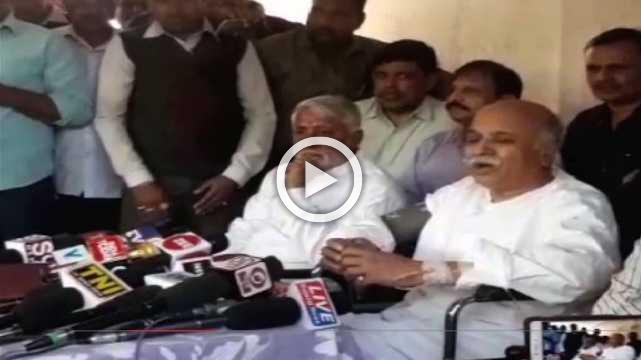 Praveen Togadia Breaks Down During Press Conference