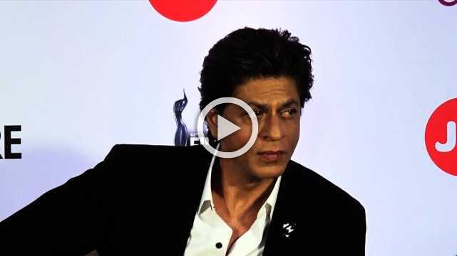 Shahrukh Khan To Get Crystal Award At Davos