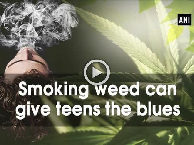 Smoking weed can give teens the blues