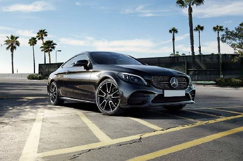 C-Class Coupe Front angle low view