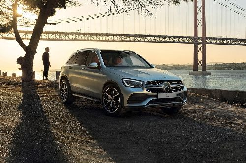 GLC Class Front angle low view