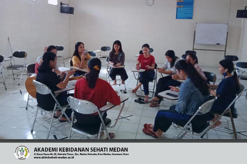 Kegiatan ekstrakurikuler Mahasiswi Akbid Sehati medan 13 Februari 2021