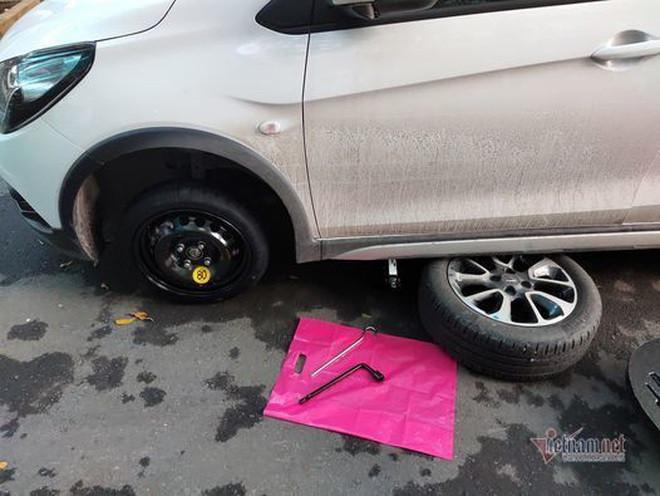 Điều bất ngờ về lốp dự phòng ô tô, nhiều chủ xe Việt ít biết - 2