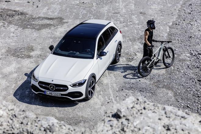 Mercedes-Benz C-Class có thêm phiên bản gầm cao All-Terrain - 8