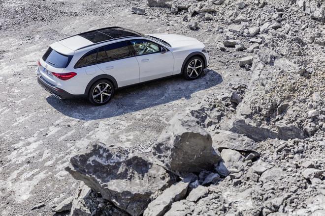 Mercedes-Benz C-Class có thêm phiên bản gầm cao All-Terrain - 9