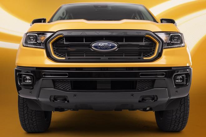 Ford Ranger có thêm phiên bản Splash màu cam rực rỡ - 2