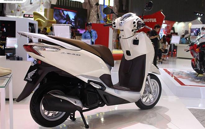Doanh số xe máy sa sút vì Covid-19, nhiều mẫu hot giảm giá mạnh - 1