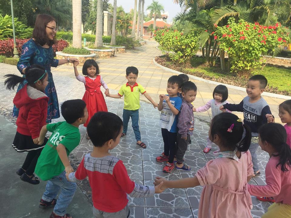 Trường mầm non quốc tế Apple Tree Montessori Pre-School - Đức Giang