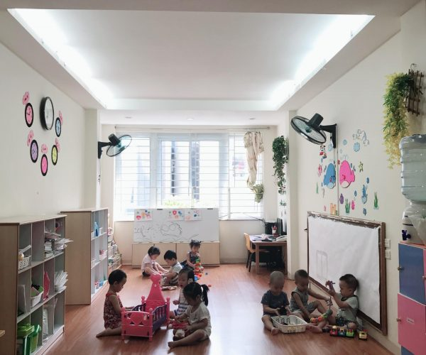Trường mầm non song ngữ Little Einsteins - Thành Công