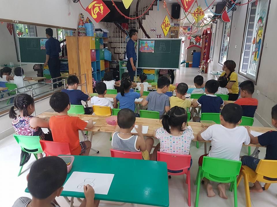 Trường mầm non Benz Benz - Yên Hoà
