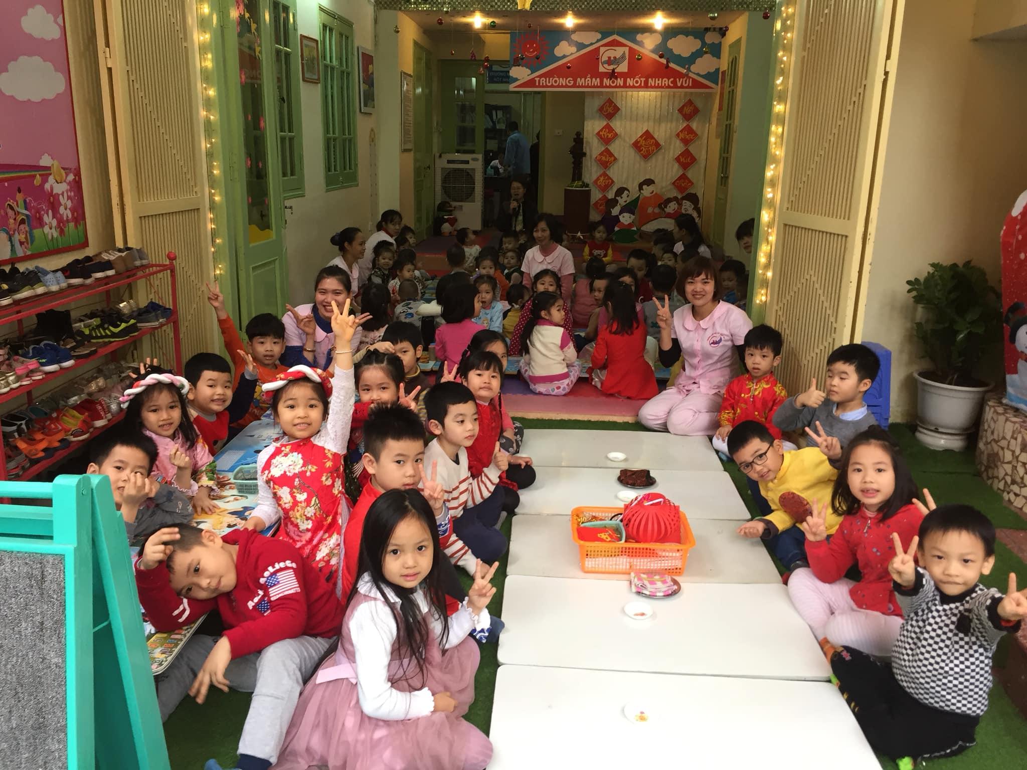 Trường mầm non Nốt Nhạc Vui- Lạc Trung
