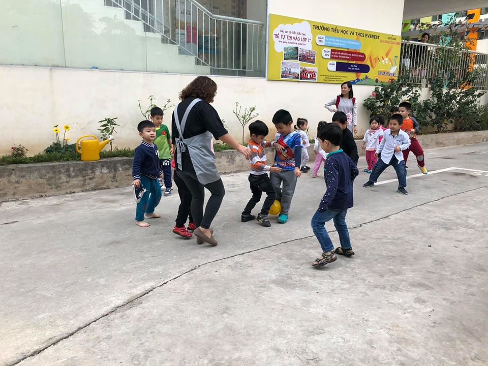 Trường mầm non Tsubaki - Hoàng Quốc Việt
