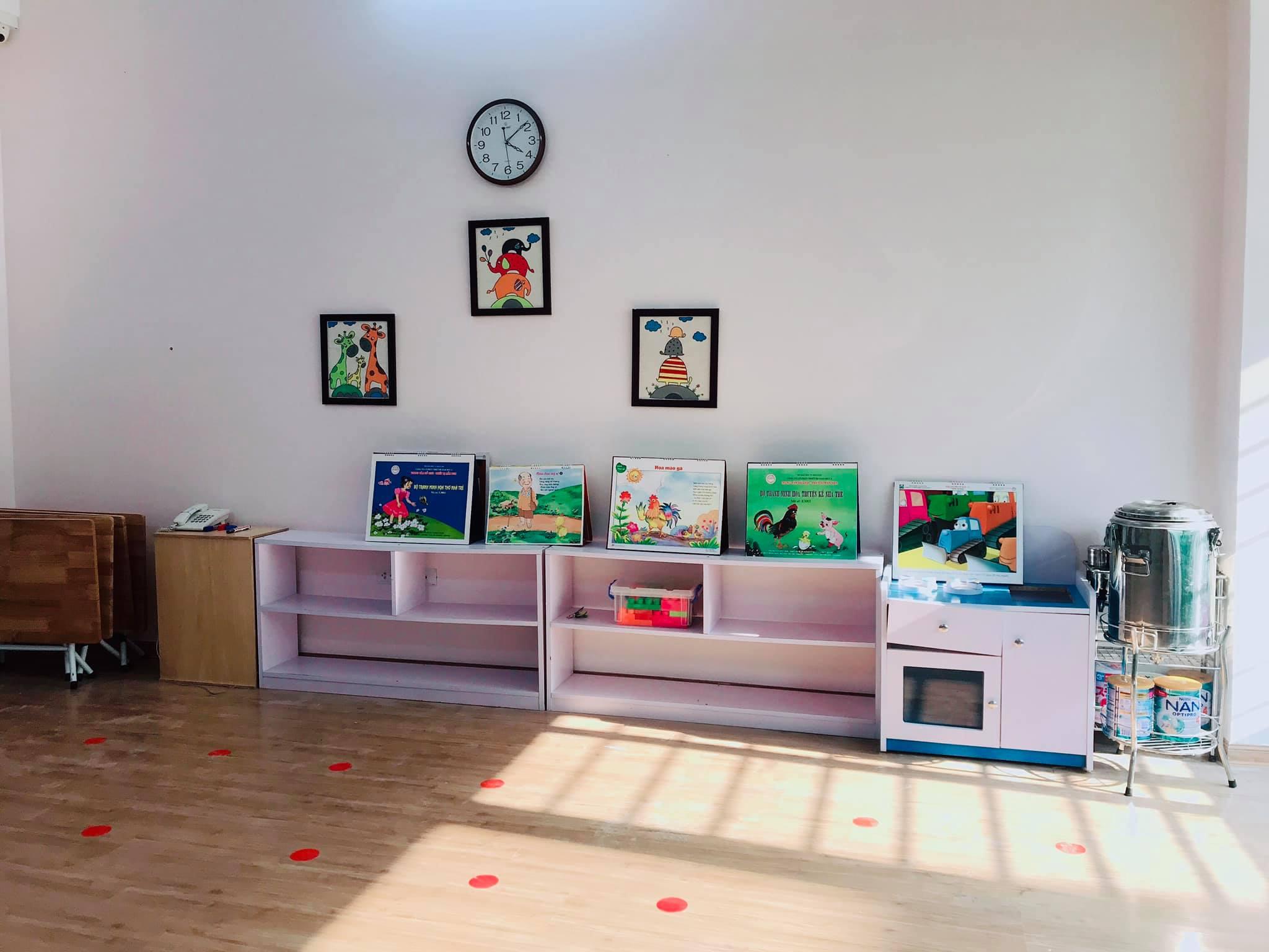 Trường mầm non Cầu Vồng  (Rainbow Montessori Kindergarten) - Minh Khai