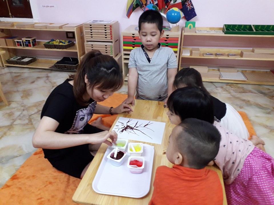 Trường mầm non Cây Sồi (The Oak Tree Montessori Preschool) - Cầu Diễn