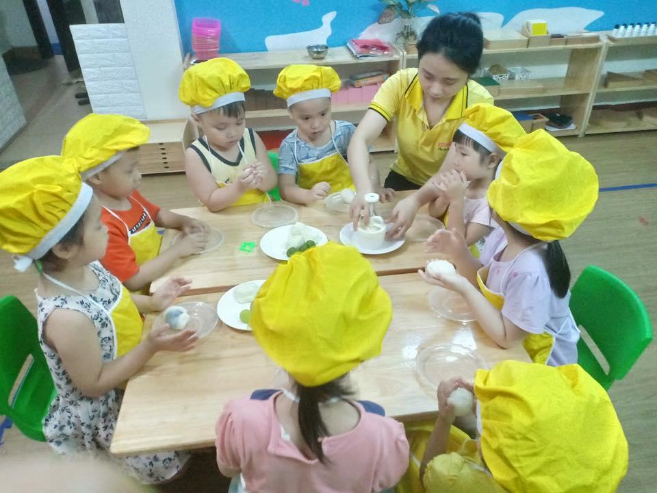 Trường mầm non Hương Sen Montessori - Bắc Linh Đàm