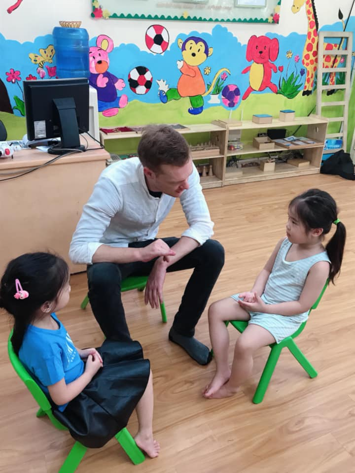 Trường mầm non Mặt Trời Thế Giới (La Petite Ecole) - Trung Hoà