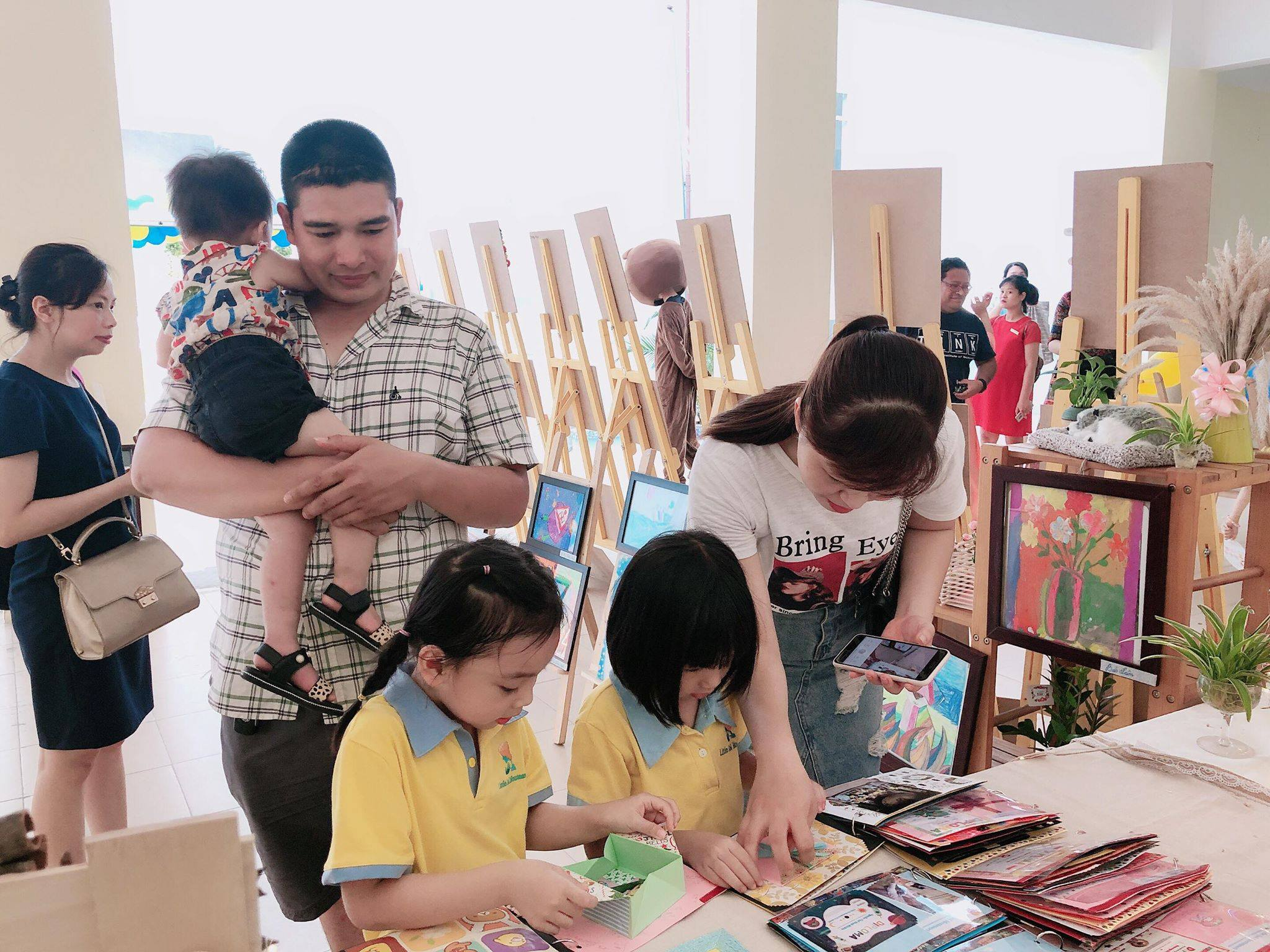 Trường mầm non quốc tế giáo dục sớm Little Sol Montessori - Mỗ Lao