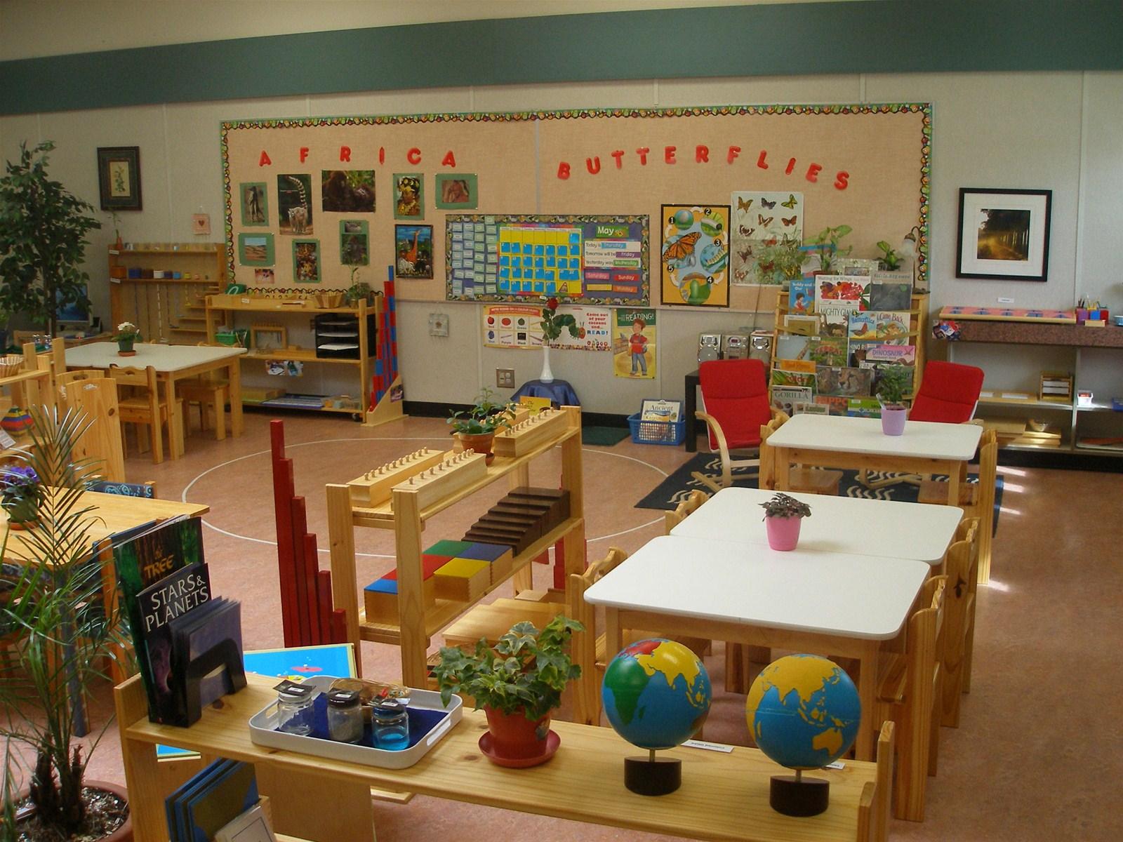 Trường mầm non Ngôi Nhà Trẻ Thơ (Montessori of Vietnam-Child's House Preschool) - Thạnh Xuân