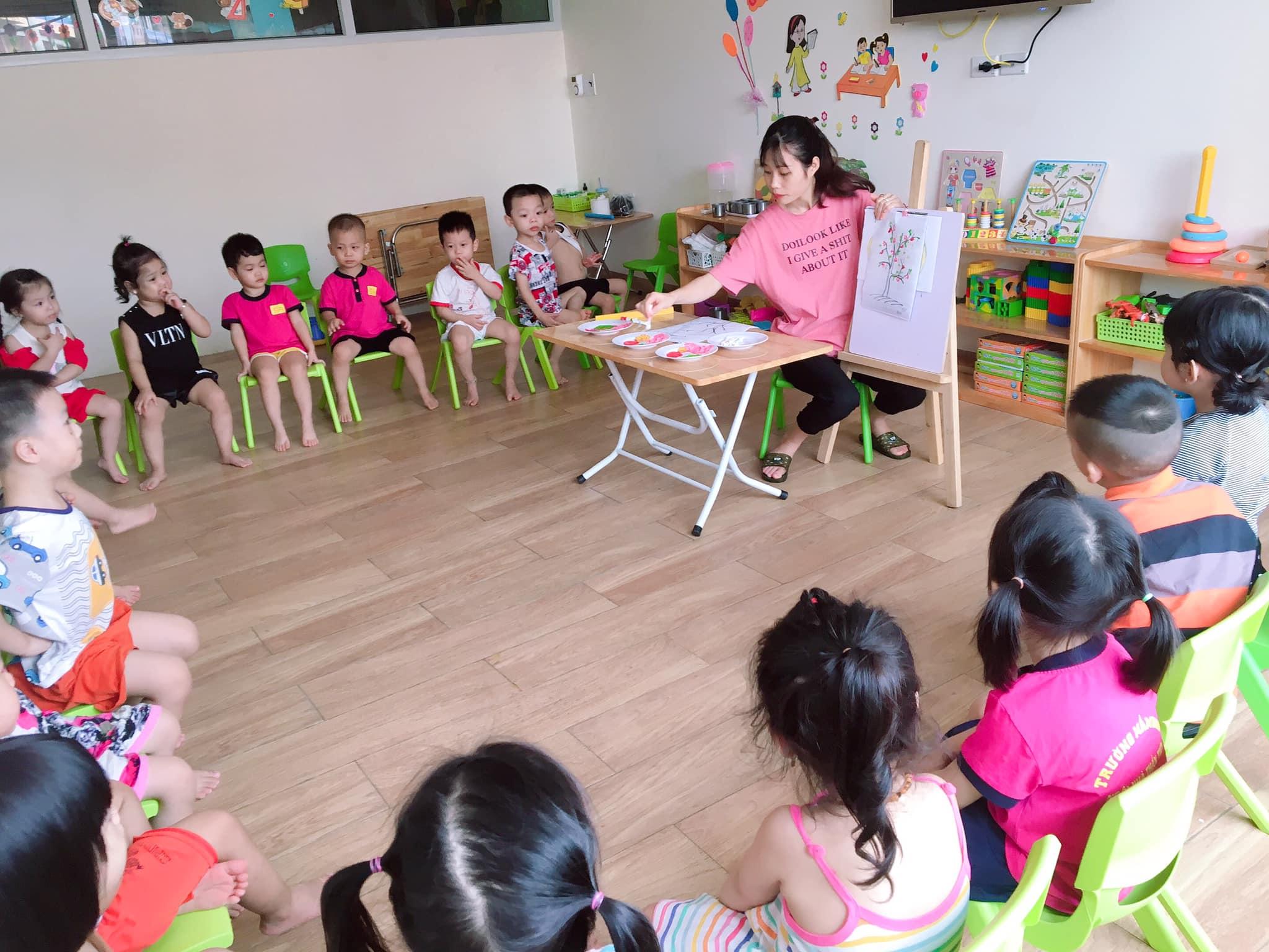 Trường mầm non song ngữ Farity House ( Ngôi nhà thần tiên ) - Hạ Long
