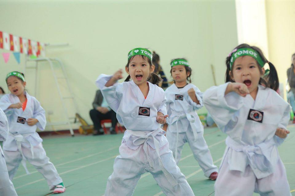 Trường mầm non Tô-mô-e (Tomoe Vietnam Kindergarten) - Nhân Chính