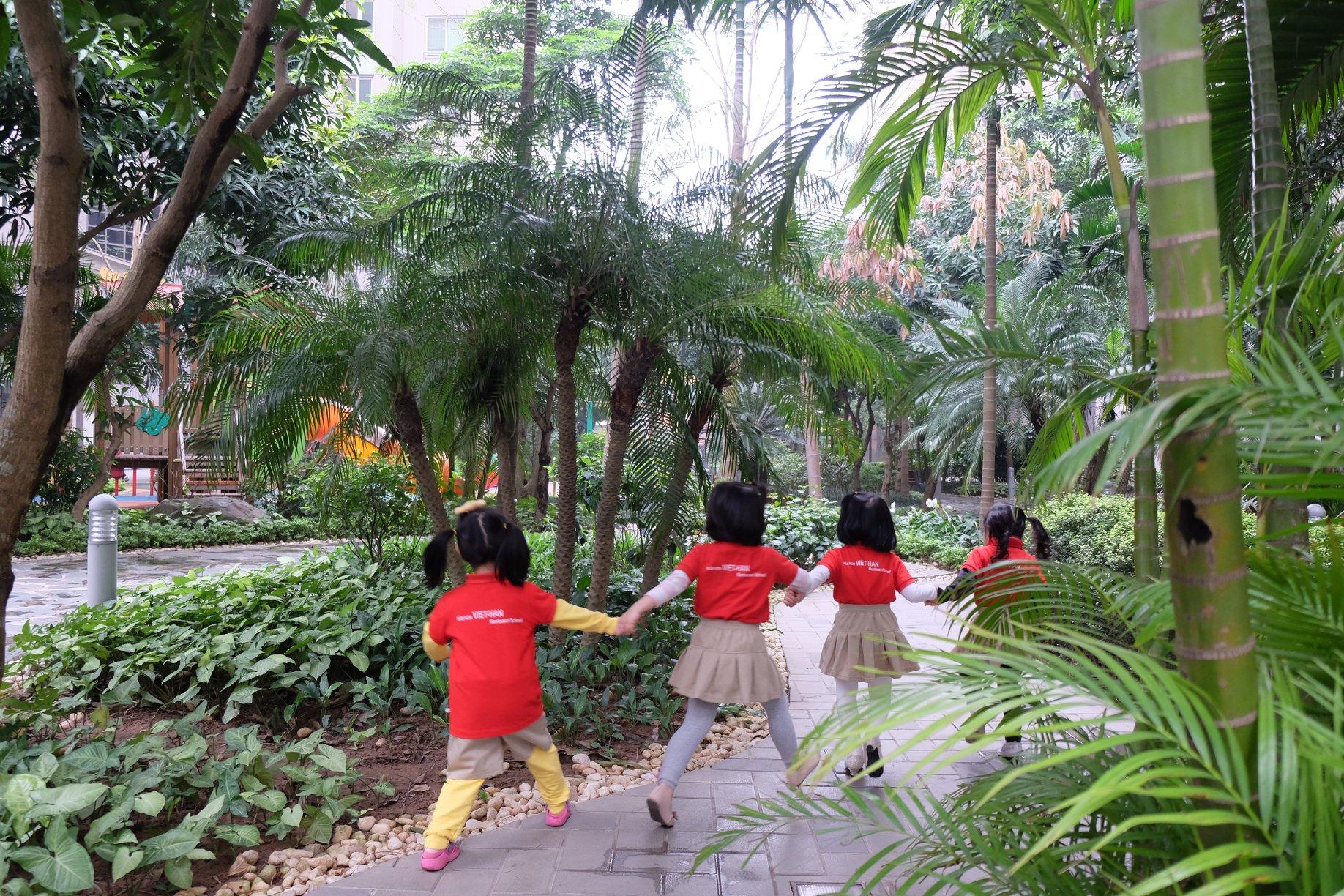 Trường mầm non Việt Hàn Montessori VKMIS - Tô Hiệu