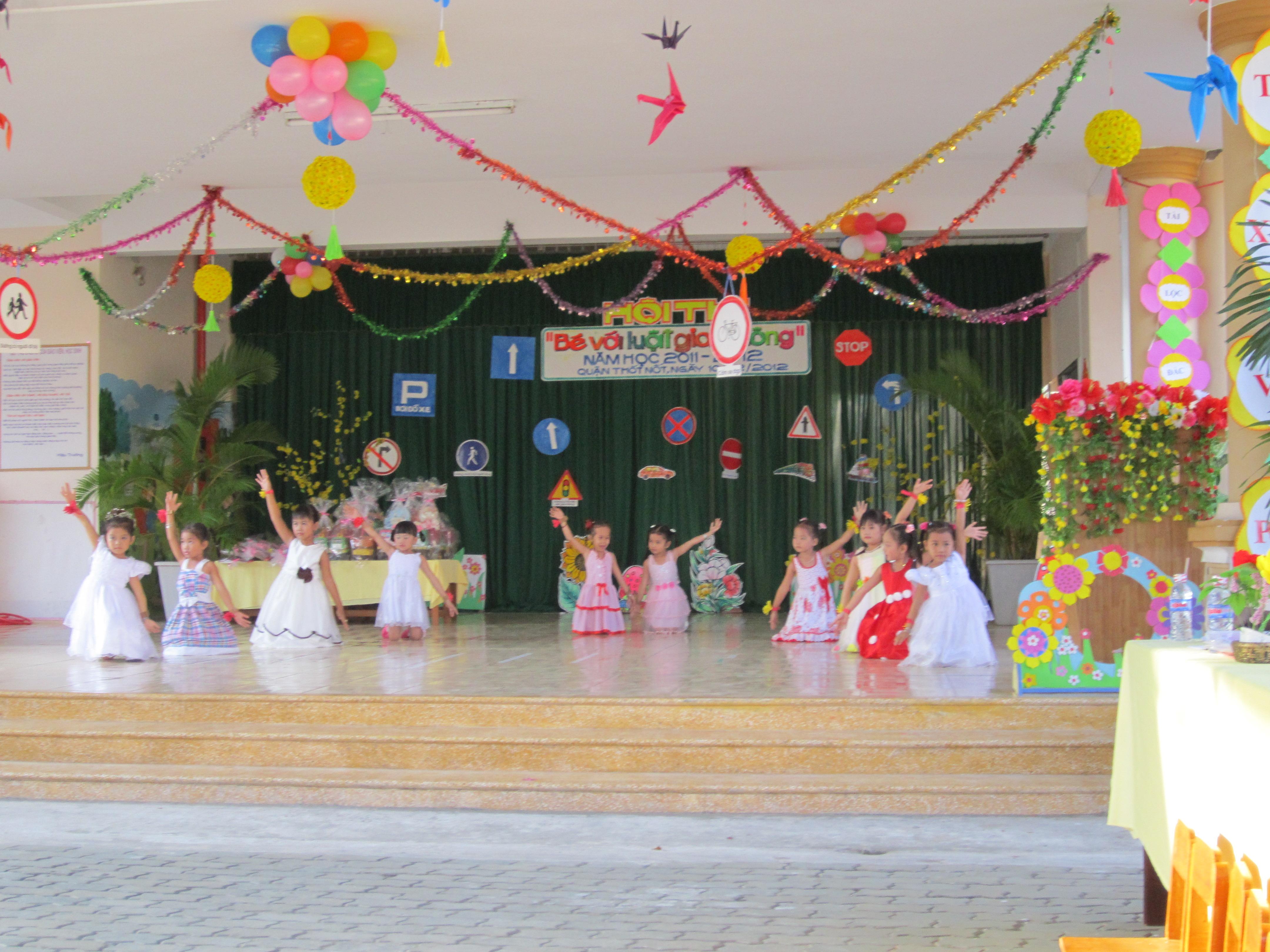 Trường mẫu giáo Trung Nhứt - Trung Ngứt