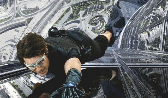 Adegan memanjat Burj Khalifa di Mission Impossible: Ghost Protocol