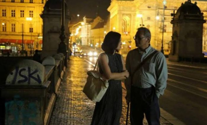 rekomendasi film komedi romantis streaming gratis