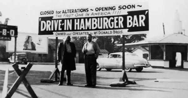 Restoran McDonald's pertama