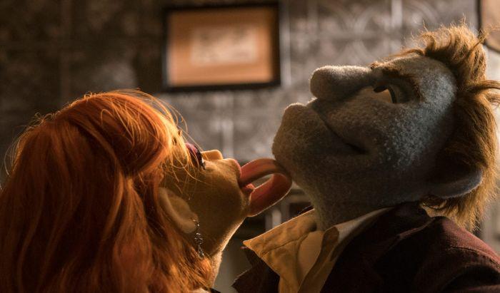 Film Hollywood dengan Adegan Seks yang Mengocok Perut