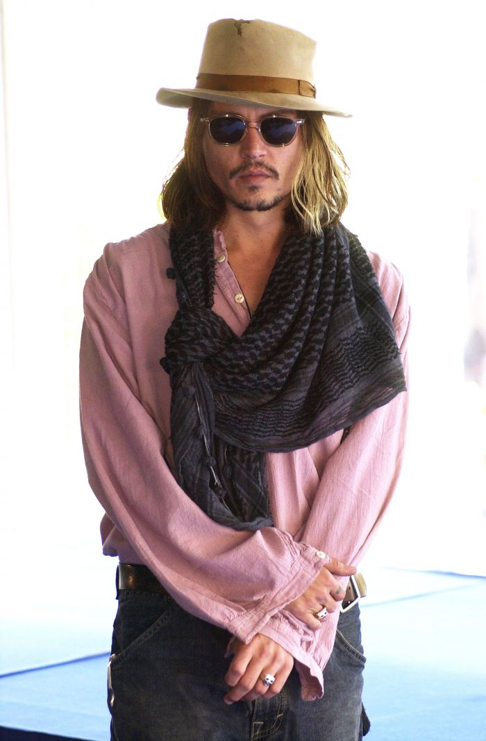 Evolusi Gaya Johnny Depp, dari Rocker sampai Model Eksentrik