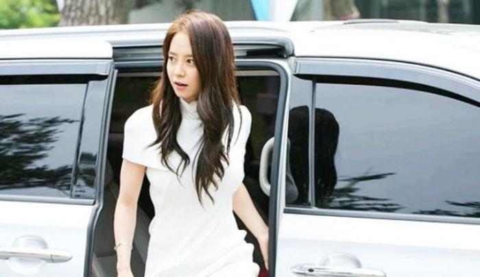 Nama asli Ji-hyo adalah Cheon Seong-im.