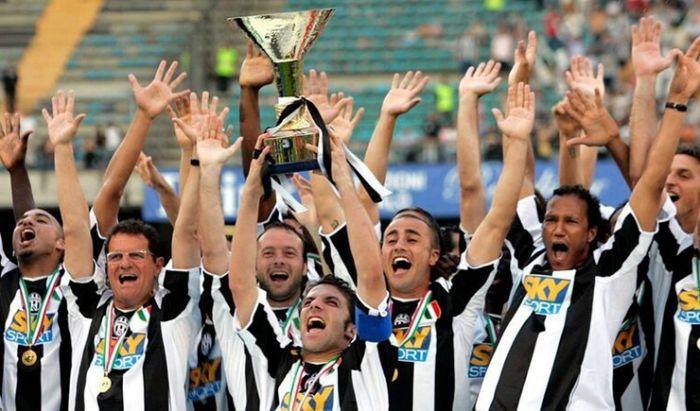 """Skuad Juventus yang tersandung kasus pengaturan skor """"Calciopoli""""."""