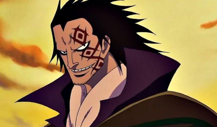 Sosok ayah Luffy, Monkey D. Dragon yang sangat misterius.