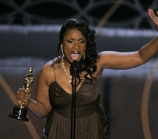 Aktor Hollywood Menang Oscar di Film Debut.