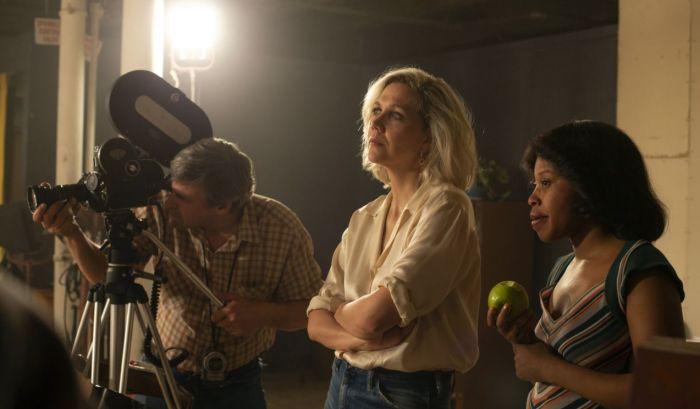 Koordinator Keintiman, Profesi Unik Pengatur Adegan Dewasa di Film
