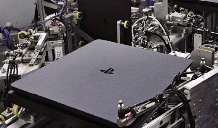 Semua proses perakitan PS5 dikerjakan mesin otomatis.