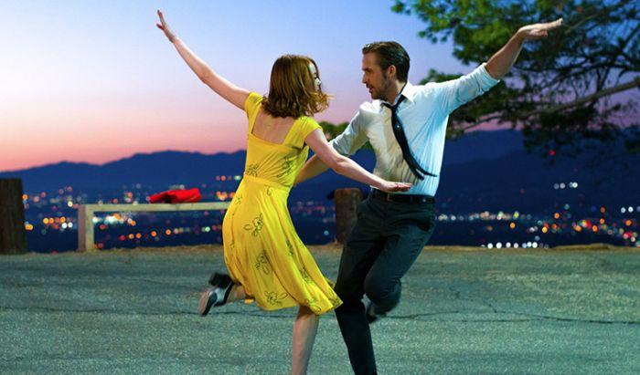 Pasangan Artis Hollywood yang Langganan Jadi Kekasih di Film
