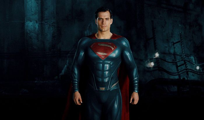 Henry Cavill Bantah Ikut Syuting Tambahan Justice League Snyder Cut