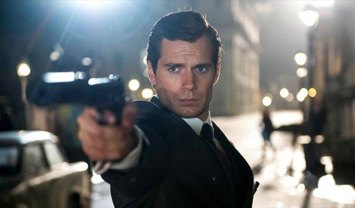 Sempat Ditolak, Henry Cavill Masih Ingin Perankan James Bond