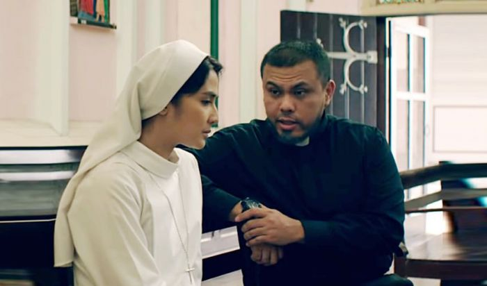 Review Film Ave Maryam (2019)