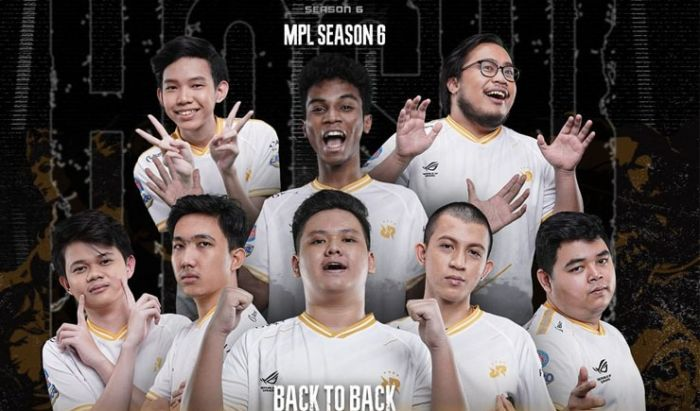 RRQ Hoshi, enggak hanya kembali memenangkan gelaran MPL Season 6, mereka juga memcahkan rekor
