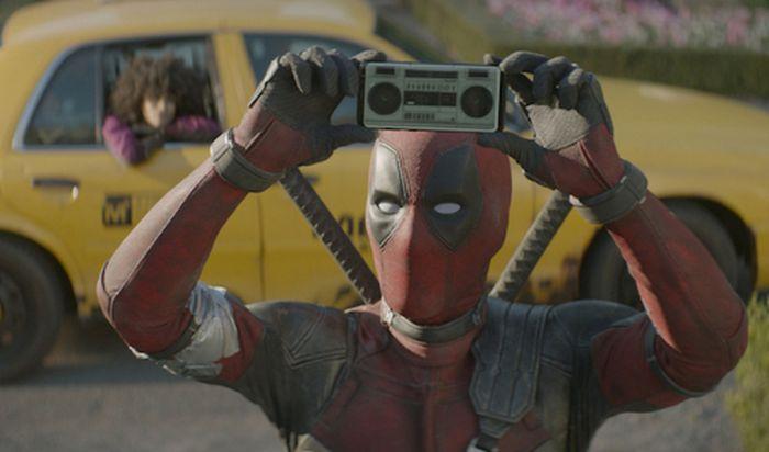 Film Deadpool 3 Akan Digarap Marvel Studios, Tetap Rating 'R'?
